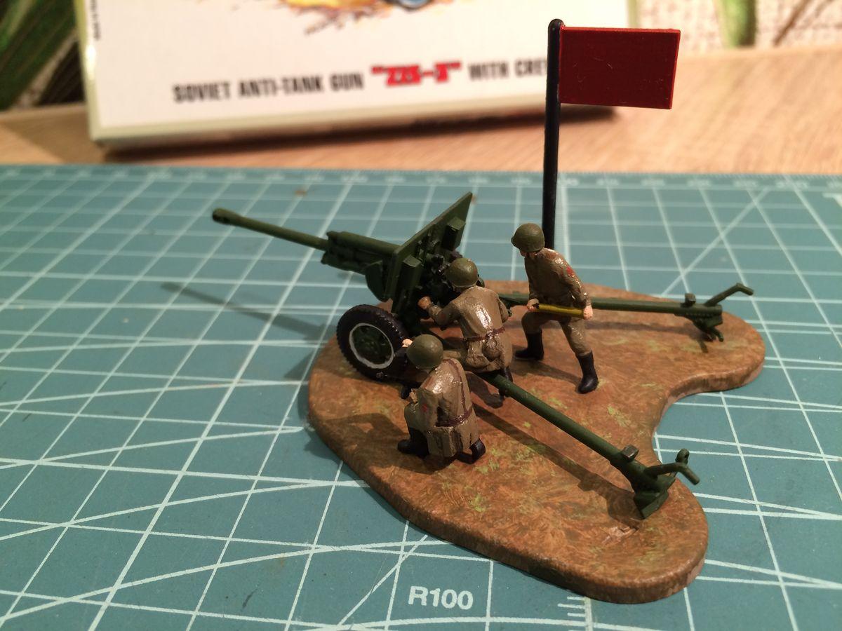 Пушка ЗИС-3 с расчетом - масштаб 1к72